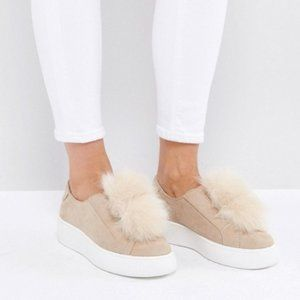 Steve Madden BRYANNE Nude Faux Suede Pompom Shoes